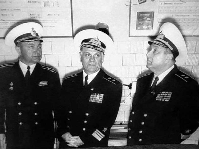Вице-адмирал Каплунов Николай Сергеевич