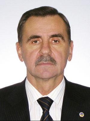 Директор Института внешней политики Дипломатической академии МИД Украины доктор политических наук Перепелица Г.Н. (1976)