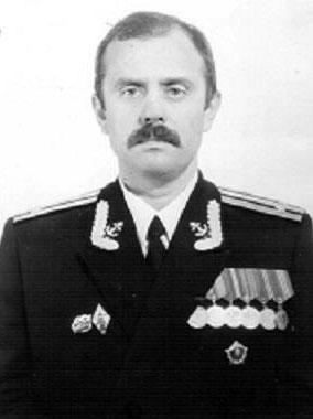Начальник политотдела 18 ДПЛ. 1990 г.
