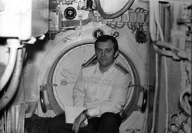 Капитан-лейтенант В.В. Шмаков — замполит РПК СН «К-210» на боевой службе в Северной Атлантике, 1983 г.