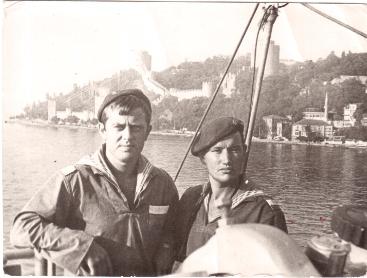 Проход Босфора.В.Марданов со своим другом В.Шмаковым