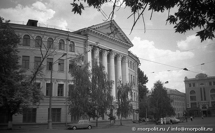 Циркульное здание КВВМПУ