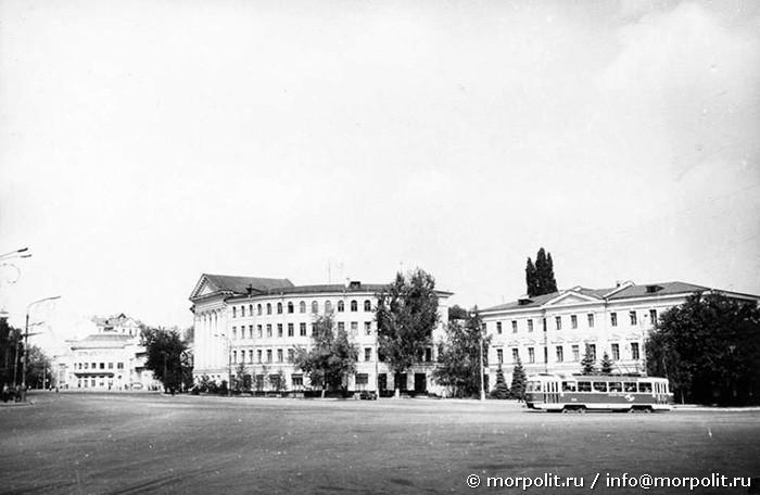 г. Киев, Красная (с 1991 г. - Контрактовая) площадь