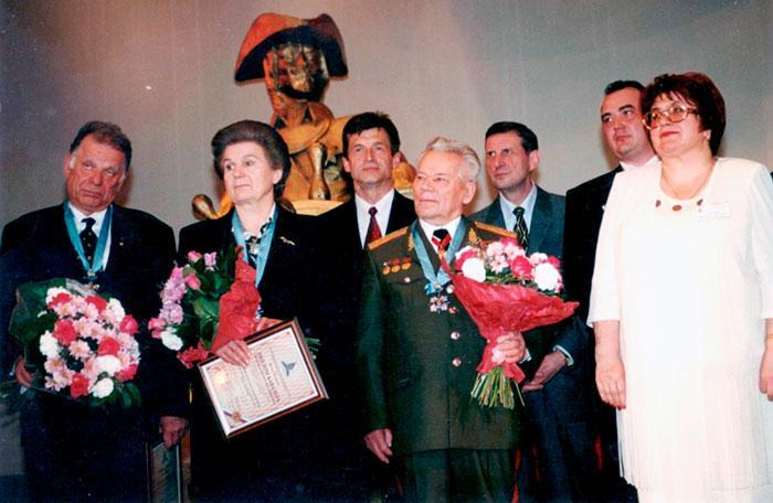 И.Г. Локтев с лауреатами премии Петра Великого 2000 года в Администрации Президента РФ.